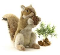Купить Hansa Мягкая игрушка Рыжая белка с орехом 22 см, Hansa Toys, Мягкие игрушки