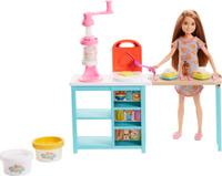 Купить Barbie Игровой набор с куклой Завтрак со Стейси, Куклы и аксессуары