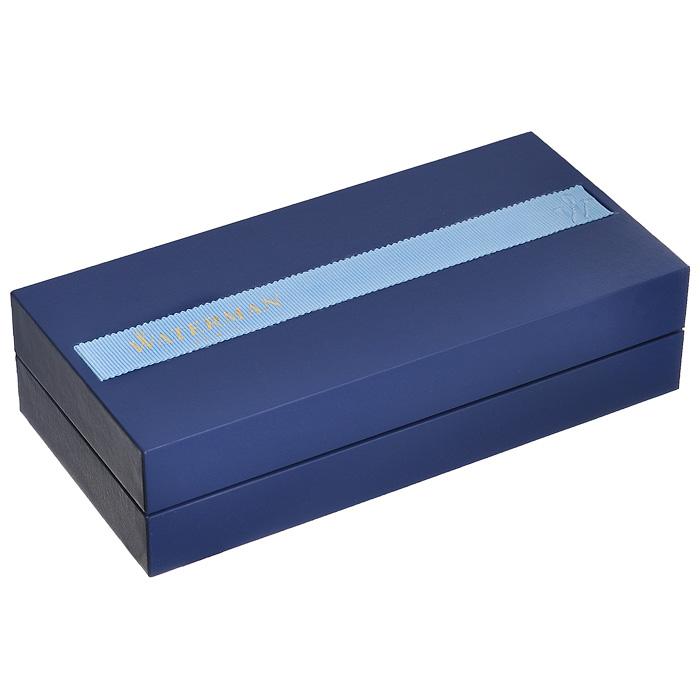 Корпус ручки-роллера Waterman Elegance Black GT выполнен из ювелирной латуни с многослойным высококачественным и особо прочным лаковым покрытием черного цвета. Отдельные элементы дизайна покрыты позолотой 23 карата. Кольцо колпачка имеет гравировку Waterman Paris. Кольцо на корпусе ручки декорировано затейливой гравировкой. Ручка имеет съемный колпачок. Ручка-роллер упакована в фирменный футляр с логотипом компании Waterman. В футляре предусмотрено дополнительное отделение, в котором расположен международный гарантийный талон.  Эксклюзивная ручка Waterman Elegance Black GT подчеркнет стиль и элегантность ее владельца и станет превосходным подарком ценителю изящества роскоши.  Ручка - это не просто пишущий инструмент, это - часть имиджа, наглядно демонстрирующая статус, характер и образ жизни ее владельца. Характеристики: Материал корпуса: латунь. Покрытие: лак. Цвет корпуса: черный. Отделка: позолота (23 карата). Длина ручки без колпачка: 12,6 см. Длина ручки с колпачком: 13,1 см. Диаметр ручки: 1,2 см. Линия письма: тонкая. Цвет чернил: черный. Размер футляра: 18,5 см x 9 см x 4,5 см. Гарантия производителя: 3 года. Производитель: Франция. Артикул: S0898650. Создавая свою марку, основатели Waterman соединили вековые традиции и новаторский подход в технологии производства, классику и современность в дизайне. Соединяя и переплетая противоположности, Waterman удивительным образом превращает их в гармоничные стильные сочетания. Так появляются элегантные, поражающие разнообразием и изысканностью стилей ручки Waterman.Классические и современные, различных форм, цветовых гамм и покрытий, пишущие инструменты Waterman удовлетворят самый изысканный вкус, а их техническое совершенство дает полную свободу выбрать ту модель, которая соответствует вашему стилю письма и образу жизни.Waterman - это больше, нежели просто красивые письменные принадлежности. Они обладают высочайшим качеством и, как зеркало, отражают индивидуальность своего владельца.