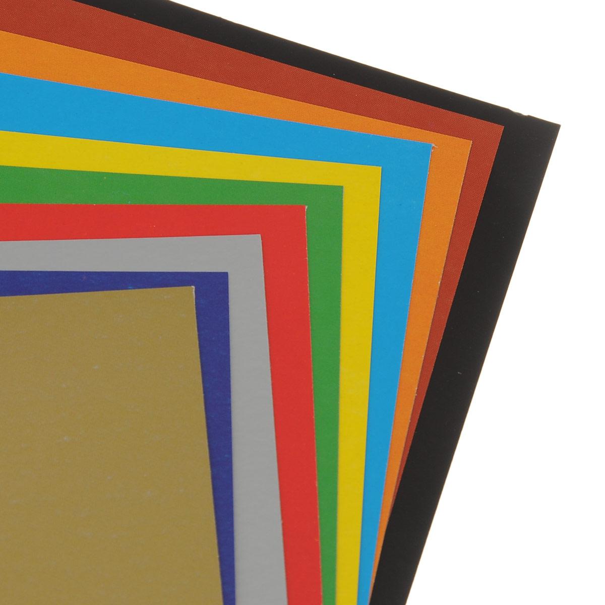 Картон цветной Hatber Пушистый щенок позволит создавать всевозможные аппликации и поделки. Набор включает 10 листов одностороннего цветного картона формата А4. Цвета: золотистый, синий, серебристый, красный, зеленый, желтый, голубой, оранжевый, коричневый, черный. Создание поделок из цветного картона позволяет ребенку развивать творческие способности, кроме того, это увлекательный досуг.
