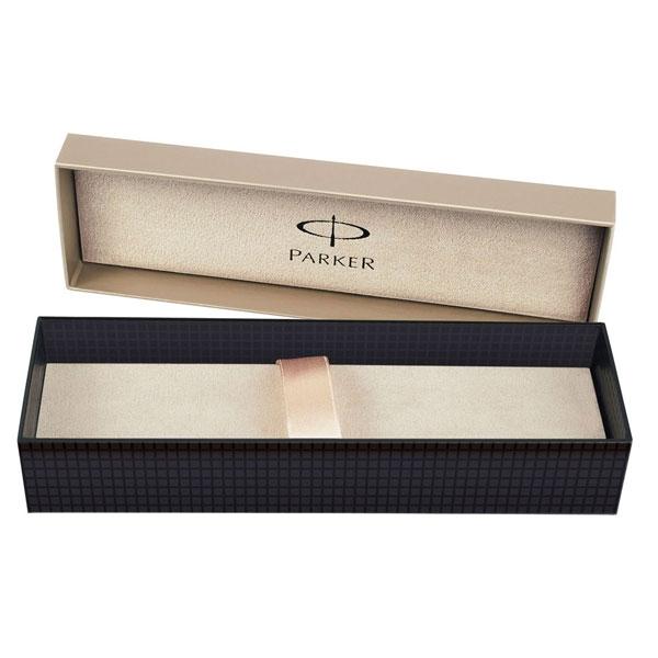 Ручка перьевая Паркер Урбан Премиум Аметист Перл. линия письма – тонкая, в подарочной упаковке. Корпус из алюминия.Стальное перо. Произведено в Китае.