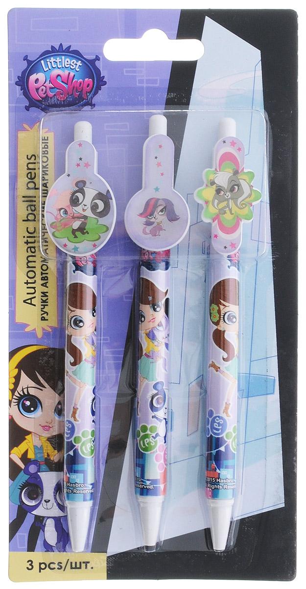 Автоматические шариковые ручки Littlest Pet Shop станут незаменимым атрибутом в учебе любого школьника.  Каждая ручка снабжена клипом-держателем для фиксации ручки на бумаге или в кармане. Подача стержня производится путем нажатия на кнопку в верхней части ручки. В наборе 3 ручки со стержнями синего цвета, оформленные изображениями персонажей популярного мультсериала Littlest Pet Shop.