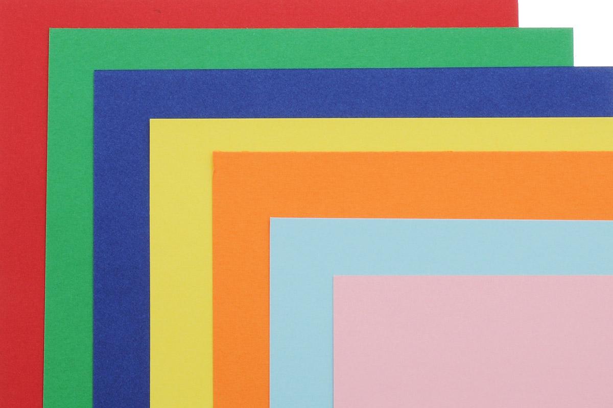Цветной тонированный картон с тиснением Апплика Кораблики формата А4 идеально подходит для детского творчества: создания аппликаций, оригами и многого другого.    В упаковке 7 листов тонированного картона с тиснением 7 разных цветов. Картон упакован в папку-конверт с окошком. Детские аппликации из цветного картона - отличное занятие для развития творческих способностей и познавательной деятельности малыша, а также хороший способ самовыражения ребенка.    Рекомендуемый возраст: от 3 лет.