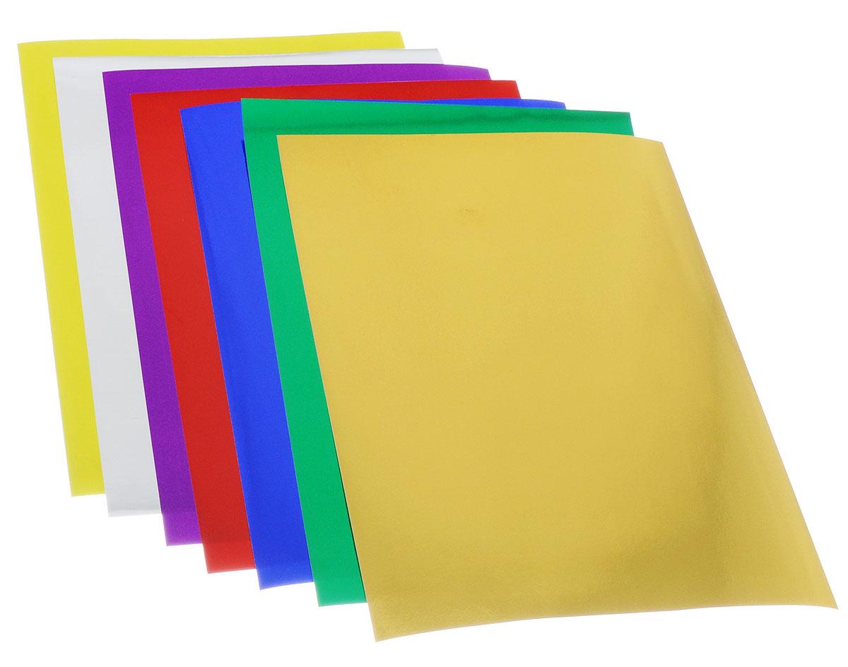 Цветная фольга Апплика Павлин формата А4 идеально подходит для детского творчества: создания аппликаций, оригами и многого другого.    В упаковке 7 листов фольги 7 разных цветов.Бумага упакована в папку-конверт с окошком, выполненную из мелованного картона.Детские аппликации из тонкой цветной фольги - отличное занятие для развития творческих способностей и познавательной деятельности малыша, а также хороший способ самовыражения ребенка.    Рекомендуемый возраст: от 3 лет.