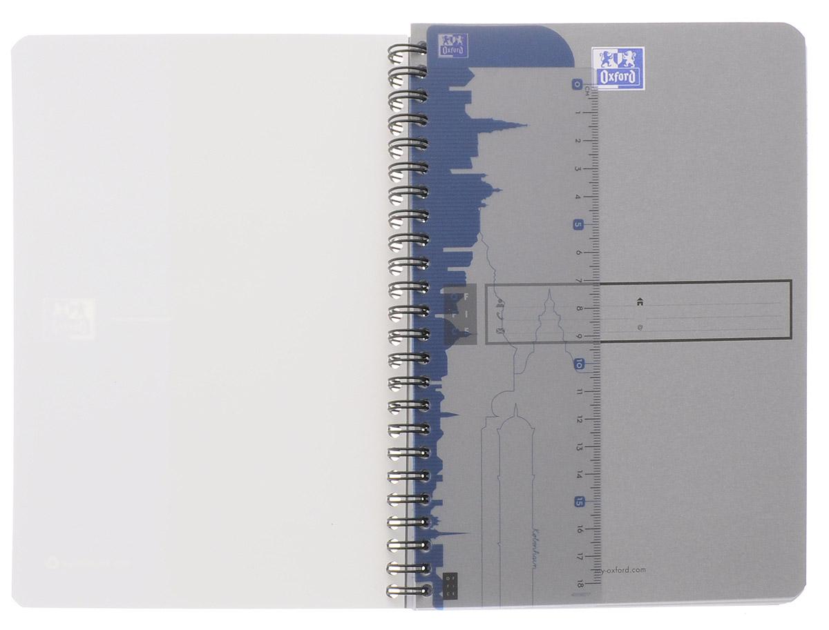 Красивая и практичная тетрадь Oxford Эко отлично подойдет для школьников, студентов и офисных служащих.Обложка тетради выполнена из плотного, но гибкого картона с закругленными краями. Тетрадь формата А5 состоит из 90 белых листов на двойном гребне с линовкой в клетку. Практичное и надежное крепление на гребне позволяет отрывать листы и полностью открывать тетрадь на столе. Тетрадь дополнена съемной закладкой-линейкой из гибкого пластика и листом со справочной информацией. Вне зависимости от профессии и рода деятельности у человека часто возникает потребность сделать какие-либо заметки. Именно поэтому всегда удобно иметь эту тетрадь под рукой, особенно если вы творческая личность и постоянно генерируете новые идеи.