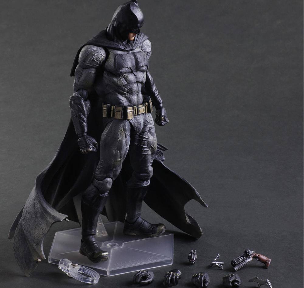 Batman v Superman:  Dawn Of Justice. Фигурка Play Arts Kai Batman 27 см 1С-СофтКлаб