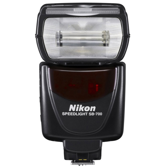 Nikon Speedlight SB-700 nikon speedlight sb 500 фотовспышка