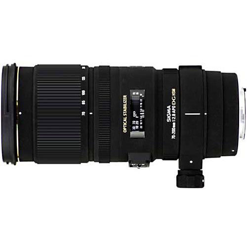 Sigma AF 70-200mm F2.8 EX DG OS HSM, Canon70-200mm F2.8 EX DG OS HSM, CanonТелеобъектив Sigma AF 70-200mm F2.8 EX DG OS HSM. Минимальная дистанция фокусировки 100 см и возможность формирования изображения в масштабе 1:3,5 делают этот объектив превосходным решением для съемки крупным планом и макросъемки.Используемые технологии:EX - Высококачественная и надежная оптика Sigma.DG - Светосильные широкоугольные объективы для цифровых и пленочных камер, позволяют сфокусироваться с минимальным расстоянием до объекта съемки.OS - Оптический стабилизатор нейтрализует вибрации камеры без съемки и увеличивает возможности фотографа.HSM - Ультразвуковой моторный привод (Hyper Sonic Motor) обеспечивает быструю и бесшумную фокусировку.