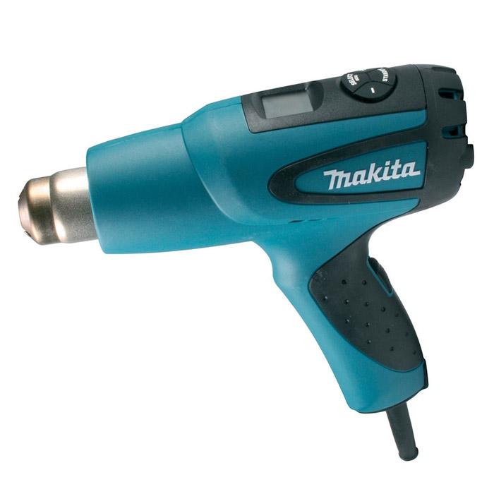 Строительный фен Makita HG651CKHG651CKСтроительный фен Makita HG651CK оснащен умной электроникой для наиболее эффективной работы с различными материалами и в зависимости от предполагаемого вида работ. Мощный и надежный двигатель (2000 Вт) обеспечивает превосходные рабочие характеристики и высокую производительность инструмента. Горячий воздух (до 650°С) выдувается из сопла со скоростью до 550 л/мин под давлением до 1,2 кПа.В термопистолете предусмотрено семь режимных программ с соответствующей температурой и скоростью подачи воздуха, позволяющих быстро и просто начать работу без дополнительных настроек. Если заданный режим не устраивает по какому-либо показателю, можно произвести индивидуальную настройку при помощи установочной программы SET. При этом рабочая температура может изменяться с шагом 5°С.Термопистолет обладает встроенной электронной памятью: после выключения происходит запоминание последних показателей и при очередном включении машина готова работать в прежнем режиме. Константная электроника поддерживает заданный температурный режим независимо от перепадов напряжения в сети и изменения скорости воздушного потока. Надежность и долговечность обеспечиваются усовершенствованной системой защиты механизма от загрязнений и защитой от перегрева, автоматически отключающей двигатель при критических температурах. Удобная рукоятка с резиновой вставкой обеспечивает надежный захват инструмента. Центр тяжести расположен непосредственно над рукояткой, что способствует минимальной утомляемости пользователя в процессе работы. На пятке имеется встроенный валик, обеспечивающий устойчивость инструмента в вертикальном положении. Двойная изоляция исключает риск электротравматизма и позволяет подключать инструмент к незаземленным розеткам.