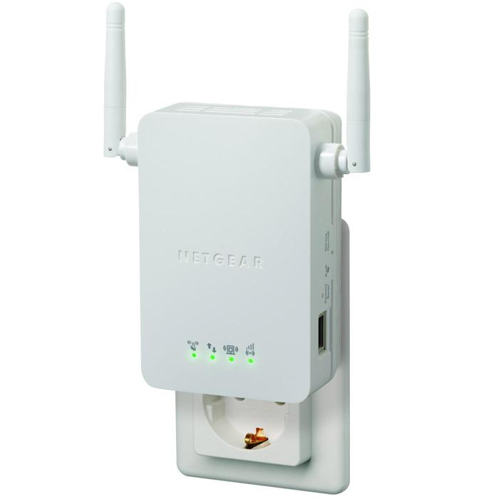 Netgear WN3000RP-100PESWN3000RP-100PESУниверсальный повторитель WiFi Netgear WN3000RP-100PES увеличивает примерно в два раза покрытие Вашей беспроводной сети и избавляет от необходимости тянуть дополнительные провода для подключения к сети устройства на рабочем столе или домашнего кинотеатра. WN3000RP обеспечивает работу беспроводной сети в тех местах, где плохо принимается сигнал от Вашего беспроводного маршрутизатора и улучшает прием сигнала по всей сети, поэтому Вы можете перемещаться из одной комнаты в другую, не теряя соединения с Интернетом. Этот повторитель просто вставляется в электрическую розетку и хорошо вписывается в домашний интерьер. Он совместим с беспроводными маршрутизаторами b/g/n, шлюзами и устройствами доступа от Интернет-провайдеров.Расширяет сеть – обеспечивает по всему дому подключение к Интернету беспроводных устройств, например, iPad, iPod, ноутбуков, смартфонов, игровых консолей и телевизоров.Улучшает работу имеющихся устройств – Вы можете по-прежнему пользоваться своим старым оборудованием и устранить «мертвые зоны» домашней беспроводной сети.Plug-and-play — настройка за несколько минут, не нужно вставлять компакт-диск или подсоединять кабели EthernetPush 'N' Connect - Push 'N' Connect с использованием Wi-Fi Protected Setup (WPS) быстро и безопасно соединяет с повторителем компьютеры и/или маршрутизаторыОптимальное покрытие - светодиод отображает скоростьсоединения и помогает найти оптимальное место для установки повторителяСовместимость – совместим со всеми беспроводными b/g/n маршрутизаторами или шлюзами от NETGEAR и других вендоровНадежная безопасность – поддерживает все стандарты безопасности, включая WPA-PSK, WPA2-PSK, смешанный режим и WEPСоединение – с помощью порта Ethernet повторитель может работать как мост для подсоединения устройств домашнего кинотеатраЗеленые функции NETGEAR – кнопка выключения питания, упаковка на 80% изготовлена из переработанных материалов