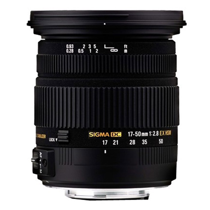 Sigma AF 17-50mm F2.8 EX DC OS HSM, NikonA09EОбъектив Sigma AF 17-50mm f/2.8 EX DC OS HSM.Используемые технологии:EX - Высококачественная и надежная оптика Sigma.DC - Компактные и легкие объективы для цифровых камер.OS - Оптический стабилизатор нейтрализует вибрации камеры без съемки и увеличивает возможности фотографа.HSM - Ультразвуковой моторный привод (Hyper Sonic Motor) обеспечивает быструю и бесшумную фокусировку.