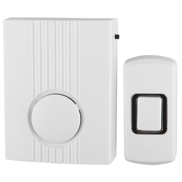 Звонок ЭРА D62проводнойC0039626Дверной звонок ЭРА D62 надежный классический звонок, не требующий постоянной замены батареек. Является гибридным проводным звонком и может работать от батареек типа АА.