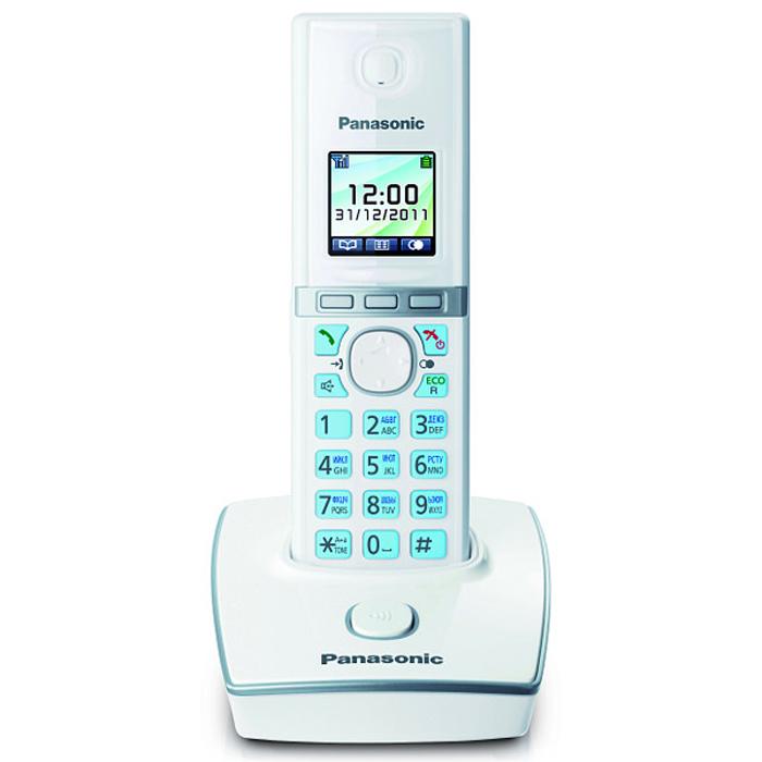 Panasonic KX-TG8051 RUW DECT телефонKX-TG8051 RUWБеспроводной телефон Panasonic KX-TG8051 стандарта DECT/GAP.Стандарт DECT/GAP позволяет использовать совместимые трубки других моделей и производителей (некоторые функции могут быть недоступны).Особое внимание уделяется удобству использования. Трубка имеет цветной TFT-дисплей и подсветку клавиш. Эргономичные формы обеспечивают комфорт при длительных разговорах. Меню телефона полностью русифицировано, что позволяет легко менять настройки и редактировать до 200 контактов телефонной книги.Помимо продуманного дизайна и навигации, модель обладает широким функционалом. Модель KX-TG8051RU1 оснащена функцией резервного питания, обеспечивающей временную работу базового блока от аккумуляторов трубки. При отключении электричества трубка устанавливается на базовый блок, и при включении громкой связи появляется возможность совершать и принимать вызовы.Среди других опций стоит упомянуть об Эко режиме, позволяющем снизить мощность радиосигнала до 90% при нахождении трубки вне базового блока.Телефон KX-TG8051RU1 оснащен голосовым АОН, Caller ID и полифоническими мелодиями звонка. Также модель имеет разъем для гарнитуры, позволяющей освободить руки и делать записи или печатать на компьютере во время разговора.Функция резервного питанияЦветной дисплейБелая подсветка дисплеяКопирование записей телефонного справочникаИндикатор входящего вызоваРусифицированное менюПовторный/однокнопочный набор номераВозможность подключения дополнительных трубок (до 6 штук)Ночной режим, эко-режимТип дополнительных трубок: KX-TGA806Питание трубки: NiMH аккумулятор