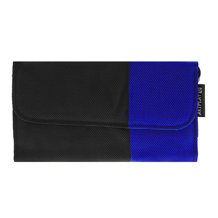 Сумка Artplays Сlatch Bag для PS Vita (цвет: сине-черный)P-PR-0057Стильная оригинальная сумка Artplays Сlatch Bag надежно защитит вашу приставку от повреждений, а дополнительные отсеки позволят разместить в них аксессуары и карты памяти с играми.