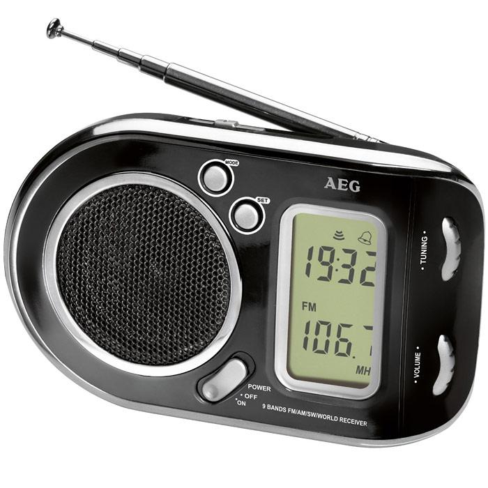 AEG WE 4125, Black радиоприемникAEG WE 4125 schwarzРадиоприемник AEG WE 4125 с будильником идеально подходит для путешествий.ЖК-дисплейТелескопическая антеннаЦифровая индикация частотыВысококачественный динамикМногочастотный радиоприемник с 9 диапазонами частоты (1 х URW, 1 x MW, 7 x KW)