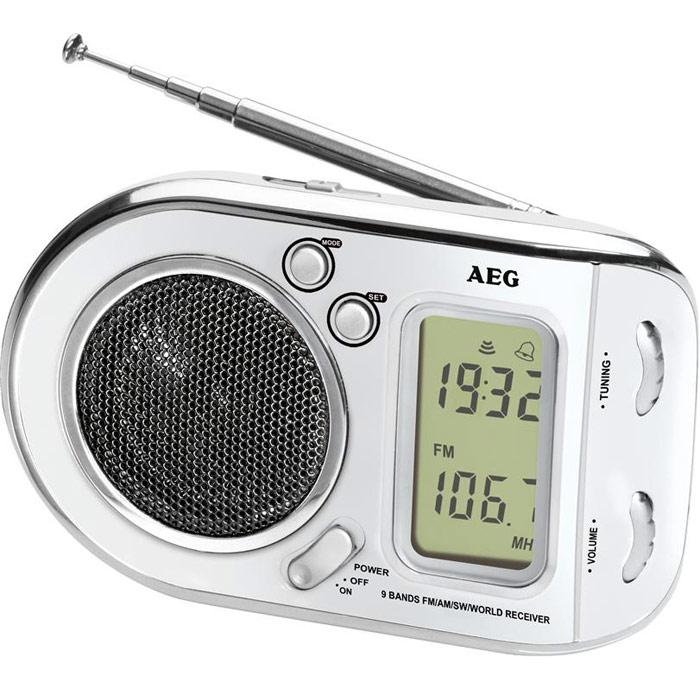 AEG WE 4125, White радиоприемникAEG WE 4125 weissРадиоприемник AEG WE 4125 с будильником идеально подходит для путешествий.ЖК-дисплейТелескопическая антеннаЦифровая индикация частотыВысококачественный динамикМногочастотный радиоприемник с 9 диапазонами частоты (1 х URW, 1 x MW, 7 x KW)