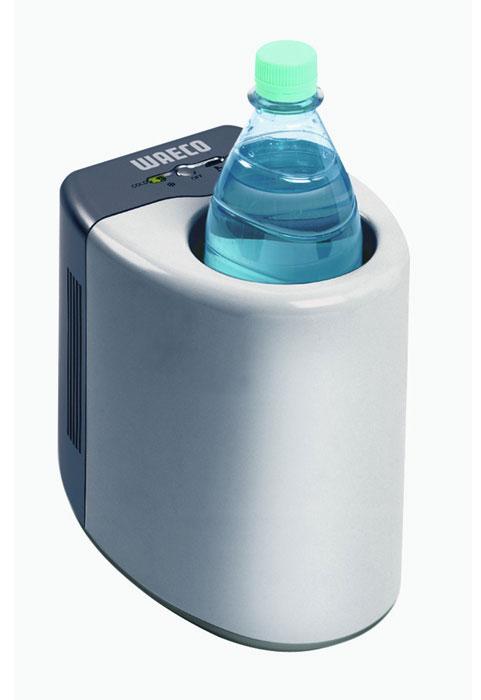 WAECO MyFridge MF-1F холодильник для бутылокMF-1F-12/24Охладитель для бутылок WAECO MyFridge MF-1F позволит Вам всегда иметь в Вашем автомобиле прохладный напиток для утоления жажды. В него можно поместить бутылки емкостью до 1,5 литров. Устройство охлаждает на 22°С ниже температуры окружающей среды, а если понадобится, то может и нагреть содержимое бутылки или другой подходящей по размеру емкости до +60°С.