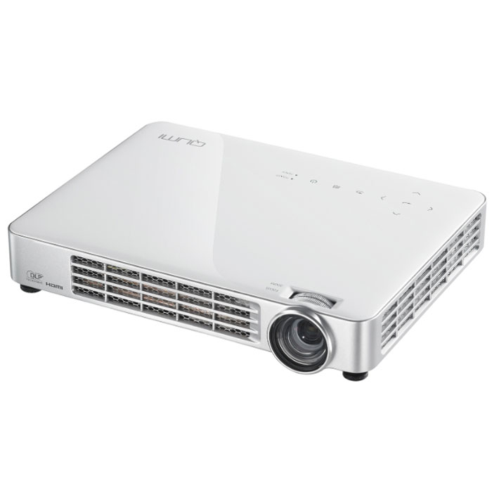 Vivitek Qumi Q7, White мультимедийный LED-проекторQ7-WTНесмотря на компактные размеры, сопоставимые с габаритами обычного планшета, - 24 x 18 x 4 см, и небольшой вес - 1,4 кг., проектор Qumi Q7 обладает впечатляющими, для устройств своего класса техническими характеристиками: яркость 800 ANSI люмен, контрастность 30 000:1. Qumi Q7 воспроизводит HD изображение диагональю до 107 (~ 2,5 метра) в диапазоне проекционных расстояний 0,8 - 3 метра. В отличие от младших моделей Q2 и Q5 у него есть оптический зум 1.1.Q7 - это не просто проектор, а настоящий мультимедийный комплекс, оснащенный встроенным мультимедийным плеером для воспроизведения аудио, видео файлов и изображений, а также поддержкой просмотра документов Microsoft Office, Adobe PDF. Подключив к проектору мышь и клавиатуру, пользователь получает возможность путешествовать по интернету без использования компьютера, используя встроенный веб-браузер.Проекционная система: 0.45 DMD DLP Technology от Texas InstrumentsПроекционное отношение: 1.30 - 1.43:1 (расстояние/ширина)Фокусировка 1.1x, ручнаяОффсет 100%Коррекция трапецеидальных искажений ±40° по вертикали3D ReadyПоддерживаемые форматы: Microsoft Office (Word, Excel, PowerPoint), Adobe PDF и Text (.txt), MPEG-4, H.264, Divx, WMV, JPEG, PNG, BMP, GIF, MP3, WAVВозможность подключения Wi-Fi модуля (не входит в комплект)