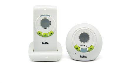 Laica BC-2002 это беспроводная радионяня, которая представляет собой систему аудио наблюдения за ребенком с дальностью до 300 метров. Питание родительского блока радионяни осуществляется как от электрической сети, так и от аккумуляторных батарей. Кроме того, есть возможность подзарядки аккумуляторных батарей с помощью внутренней подзарядки родительского блока. Детский блок работает только от сети 220В.