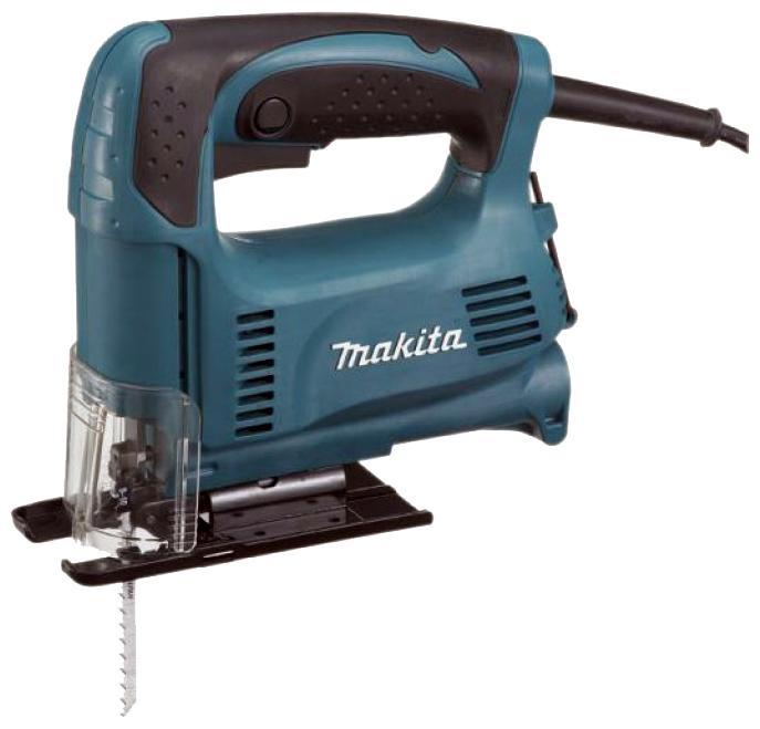 Электролобзик Makita 43264326Компактный лобзик Makita 4326 особо рекомендуется для работ по фигурному выпиливанию, так как увеличенная частота хода и маневренность инструмента помогают делать четкий распил пластмасс, дерева и металла. Скорость пиления может варьироваться оператором в зависимости от плотности материала, электронная система корректировки регулирует частоту оборотов. Плавный пуск лобзика способствует точности производимых работ и охраняет прибор от износа. Makita 4326 станет отличным помощником, как для мастеров-любителей, так и для профессионалов за счет оптимального баланса производительности и стоимости при ряде иных преимуществ: удобстве, весе, простоте обслуживания. Отличительная особенность лобзика Makita 4326 от инструментов своего класса - наличие опорной платформы из литого алюминия, устанавливаемой в разных положениях. Платформа может поворачиваться под углом до 45 градусов в обе стороны, а также перемещаться назад для обработки кромки изделий. Зафиксировать выбранное положение лобзика можно с помощью шестигранного ключа. При помощи ключевого зажима пилки за счет подточки хвостовика можно периодически перемещать спиленные зубья выше, поэтому лобзик отлично подойдет для работы с ДСП. Встроенный пылеотвод обеспечивает работу лобзика без пыли, модель оснащена патрубком для подключения пылесоса. Пластиковый прозрачный щиток предохраняет от летящих опилок, но не снижает обзорность рабочего места. Лобзик имеет систему вентиляционных отверстий на корпусе возле наиболее нагреваемых частей, что обеспечивает воздушное охлаждение и сопротивляемость перегрузкам. Этот небольшой инструмент чрезвычайно удобен для эксплуатации. Повышенный контроль при работе обеспечиваются прорезиненной нескользящей рукояткой - инструмент надежно фиксируется в руке. В сочетании с низким уровнем вибрации, препятствующим возникновению дополнительной нагрузки на суставы рук, это делает использование лобзика комфортным даже при продолжительном рабочем цикле.