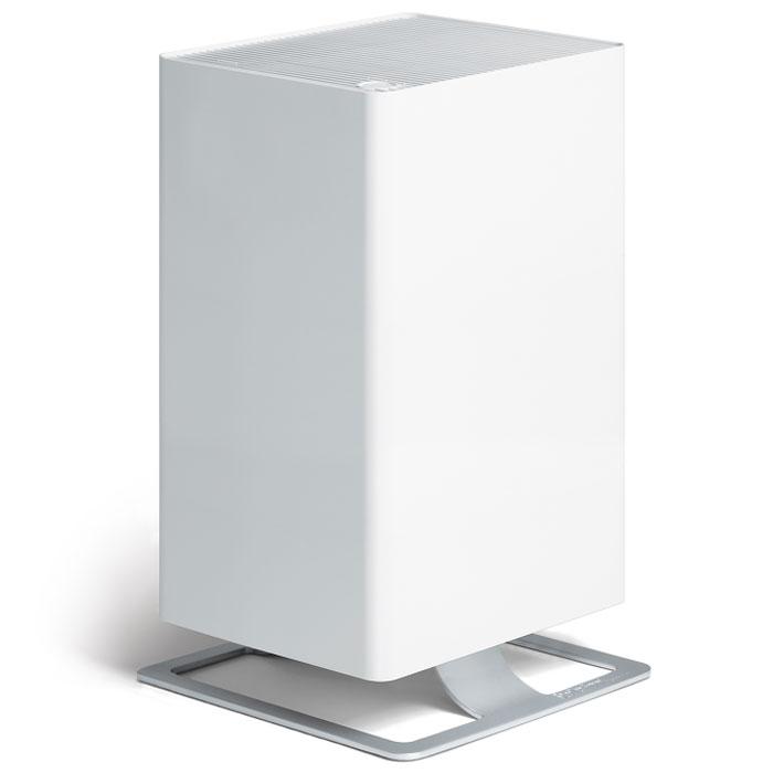 Stadler Form Viktor V-001, White очиститель воздухаV-001Воздухоочиститель нового поколения Stadler Form Viktor оптимально сочетает технологическое совершенство и фирменный узнаваемый дизайн. Прибор оборудован многоступенчатой системой фильтрации воздуха, которая гарантирует высокую степень очистки воздуха при любых загрязнениях. Особая запатентованная система фильтрации HPP очищает воздух от вирусов и бактерий, удаляет мельчайшую пыль, аллергены органического происхождения - пыльцу растений, споры плесени и т.п., что позволяет рекомендовать прибор для людей, страдающих от аллергии. Дополнительные фильтры - угольный и префильтр удаляют крупные частицы пыли, адсорбируют неприятные запахи и табачный дым. Наличие пятиступенчатой регулировки скорости воздушного потока расширяет круг возможностей воздухоочистителя и позволяет эффективно использовать его как в небольших помещениях, так и в гостиных площадью до 50 м2, а также регулировать интенсивность очистки, в зависимости от степени загрязнения воздуха. Наличие таймера обеспечивает дополнительное удобство, предоставляя возможность программировать время работы воздухоочистителя в автоматическом режиме. Для комфортного использования предусмотрена регулировка интенсивности световой индикации и функция ароматизации воздуха. В своей работе очиститель воздуха Stadler Form Viktor использует запатентованную систему фильтрации HPP. Данная разработка позволяет эффективно справиться с большинством самых распространенных загрязнений. Viktor эффективно очистит воздух от: • крупных загрязнений: • пыль• грязь • шерсть домашних животных • неприятных запахов • микрочастиц • микроорганизмов. После запуска устройства Вы сразу ощутите результат работы - воздух станет свежим и чистым. В нем не останется и следа от вредоносных бактерий и вирусов, пылевых клещей, органических аллергенов, неприятных запахов и табачного дыма. Особенности: Запатентованная система фильтрации HPP Filter SystemViktor одобрен Европейской Ассоциацией Аллергологов (ECA