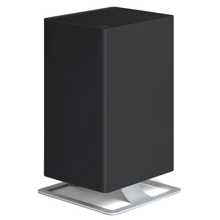 Stadler Form Viktor V-002, Black очиститель воздухаV-002Воздухоочиститель нового поколения Stadler Form Viktor оптимально сочетает технологическое совершенство и фирменный узнаваемый дизайн. Прибор оборудован многоступенчатой системой фильтрации воздуха, которая гарантирует высокую степень очистки воздуха при любых загрязнениях. Особая запатентованная система фильтрации HPP очищает воздух от вирусов и бактерий, удаляет мельчайшую пыль, аллергены органического происхождения - пыльцу растений, споры плесени и т.п., что позволяет рекомендовать прибор для людей, страдающих от аллергии. Дополнительные фильтры - угольный и префильтр удаляют крупные частицы пыли, адсорбируют неприятные запахи и табачный дым. Наличие пятиступенчатой регулировки скорости воздушного потока расширяет круг возможностей воздухоочистителя и позволяет эффективно использовать его как в небольших помещениях, так и в гостиных площадью до 50 м2, а также регулировать интенсивность очистки, в зависимости от степени загрязнения воздуха. Наличие таймера обеспечивает дополнительное удобство, предоставляя возможность программировать время работы воздухоочистителя в автоматическом режиме. Для комфортного использования предусмотрена регулировка интенсивности световой индикации и функция ароматизации воздуха. В своей работе очиститель воздуха Stadler Form Viktor использует запатентованную систему фильтрации HPP. Данная разработка позволяет эффективно справиться с большинством самых распространенных загрязнений. Viktor эффективно очистит воздух от: • крупных загрязнений: • пыль• грязь • шерсть домашних животных • неприятных запахов • микрочастиц • микроорганизмов. После запуска устройства Вы сразу ощутите результат работы - воздух станет свежим и чистым. В нем не останется и следа от вредоносных бактерий и вирусов, пылевых клещей, органических аллергенов, неприятных запахов и табачного дыма. Особенности: Запатентованная система фильтрации HPP Filter SystemViktor одобрен Европейской Ассоциацией Аллергологов (ECA