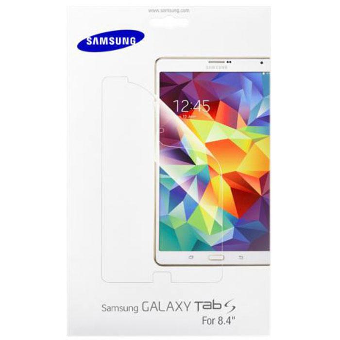 Samsung ET-FT700 защитная пленка для Galaxy Tab S 8.4, 2 штET-FT700CTEGRUИнженеры Samsung добились невероятно тонких размеров дисплея в Galaxy Tab S 8.4, сделав сенсорное стекло и сам экран единым целым. Здорово, но в случае повреждения и желания избавиться от неизбежных царапин придётся менять конструкцию целиком. А можно обезопасить себя от лишних существенных трат при помощи качественной фирменной защитной плёнки, не вносящей никаких изменений в качество цветопередачи и чуткости сенсорного стекла. В комплекте идёт сразу две плёнки, и поцарапать их очень нелегко.
