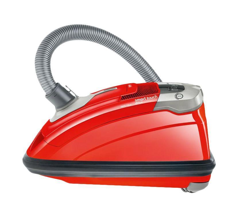 Thomas 784010 Smart Touch Drive, Red пылесосThomas 784010 Smart Touch Drive, Red пылесосЕсли Вам действительно нужен умный помощник, присмотритесь к пылесосу Thomas 784010 Smart Touch Drive. Этот пылесос для сухой уборки серии Smart Touch оснащен мощным двигателем, мешком для пыли емкостью 3,5 л. для максимальной мощности всасывания и удлиненной телескопической трубой. Специальное крепление для аксессуаров Vario-Clip на телескопической трубе и корпусе пылесоса обеспечивает удобное использование этого бытового прибора. Пылесос THOMAS для сухой уборки серии SMART TOUCH с мешком для пыли емкостью 3,5 л. для максимальной мощности всасывания , удлиненной телескопической трубой и специальным креплением для аксессуаров на телескопической трубе и корпусе пылесоса ускорит уборку труднодоступных мест. Сделано в Германии.