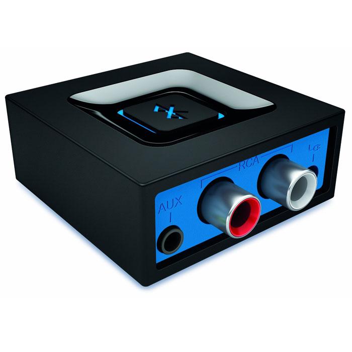 Logitech Bluetooth Audio Adapter (980-000912) беспроводной адаптер980-000912Передавайте музыку на колонки с помощью технологии Bluetooth.Беспроводная передача музыки:Одновременное подключение смартфона и планшета с помощью беспроводной технологии многоточечного Bluetooth. Передавайте аудиопоток с любого устройства на колонки.Простота подключенияПодключите нужное устройство одним нажатием удобной кнопки сопряжения. Повторное подключение осуществляется автоматически, так что у вас не возникнет лишних забот. Не нужно волноваться, что подключение будет прервано. Оцените удобство автоматической установки связи между устройствами.Любая аудиосистема на выборПодключайте любые колонки с питанием от сети и входным разъемом RCA или 3,5 мм. Можно использовать колонки к ПК, домашнюю стереосистему или AV-ресивер.Превосходная акустикаКогда дело касается качества звука — никаких компромиссов быть не может. Адаптер для аудиоустройств Bluetooth Audio Adapter прошел высокоточную настройку в лабораториях Logitech, поэтому обеспечит высококачественное звучание.Большой радиус действия беспроводной связиПередавайте музыку и управляйте ее воспроизведением с помощью надежного подключения, работающего на расстоянии до 15 метров (в зоне прямой видимости).