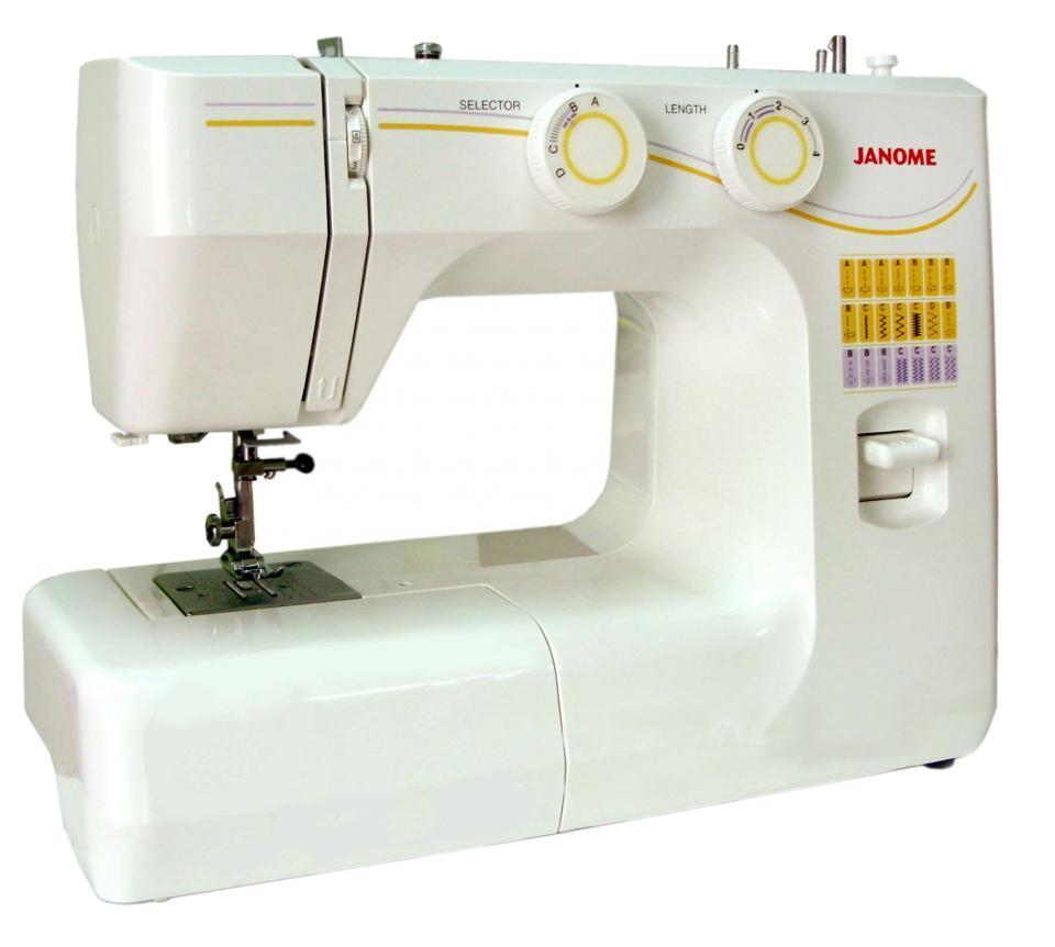 Janome 1143 швейная машина1143Электромеханическая швейная машина, предназначена для выполнения несложных швейных работ. Легкая в управлении и идеально работает с разными видами ткани.Отличительные особенности:Ветикальный челнокВстроенный нитеобрезательРегулировка длины стежка от 0 до 4 ммРычаг обратного ходаРегулятор натяжения верхней нитиЛегко пристегивающаяся лапкаВстроенная ручка для переноса машиныПринадлежности:Универсальная лапкаШпульки пластиковые 4шт.Набор иглРаспарывательОтверткаШтопальная пластина