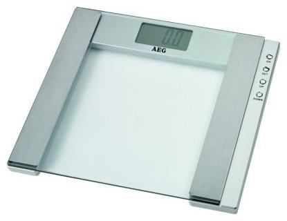 AEG PW 4923 напольные весыPW 4923Электронные весы для ванной из прочного стекла с четким ЖК-дисплеем, для анализа веса тела, удельного содержания жировых тканей, клеточной жидкости, мускульной массы и костной массы. Память на 10 различных пользователей Единица измерения - килограмм/фунт/стоун Устойчивое основаниеНескользящие ножкиПоверхность из закаленного стеклаЭлектроды из нержавеющей стали
