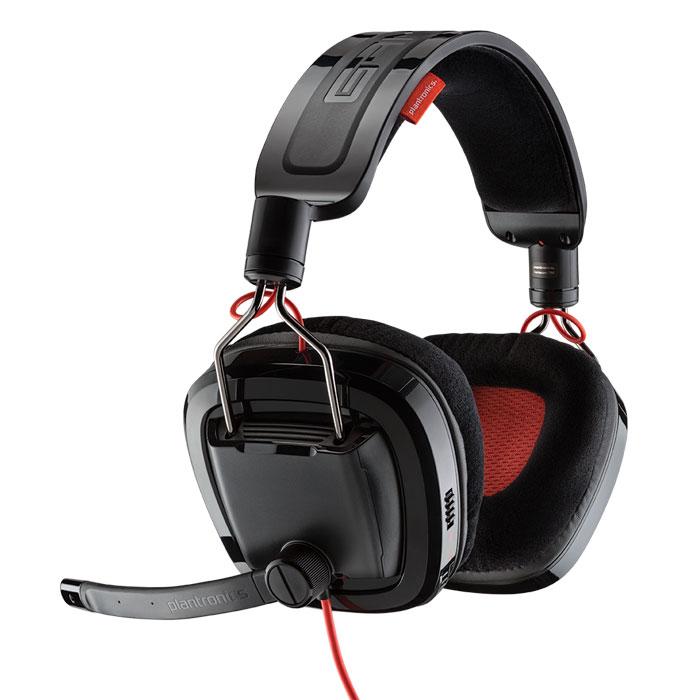 Plantronics GameCom 788, Black игровая гарнитура201270-05Сделайте перерыв в работе или оставьте заботы дня позади и погрузитесь в любимую игру вместе с USB-гарнитурой Plantronics GameCom 788 с технологиями объемного звучания Dolby 7.1. Вы сможете ощутить все подробности действий, происходящих вокруг вас, и услышите своих соперников до того, как они вас увидят. Не отвлекайтесь от борьбы за победу: настройте громкость, не отводя глаз от экрана, и будьте уверены в том, что ваши команды и комментарии четко слышны другим игрокам. Не нужно снимать эти удобные наушники после игры — вы можете пообщаться с друзьями в Skype или отдохнуть и посмотреть фильм или послушать музыку с потрясающе высоким качеством звучания.Воспринимайте все звуки игры в масштабе, предусмотренном ее разработчиками, благодаря великолепному качеству объемного звучания 7.1 технологии Dolby HeadphoneИграйте, общайтесь и слушайте музыку в наушниках — они такие удобные, что вы не будете их замечатьВаши напарники или соперники будут четко слышать все ваши команды, поскольку гибкая, вращающаяся штанга микрофона устраняет фоновый шумБыстро регулируйте громкость или отключайте звук микрофона при помощи элементов управления, расположенных на ухе, и не отвлекайтесь от игрыГарнитура создана для любых ситуаций, а невероятно прочные провода и соединения никогда вас не подведутРазместите наушники вокруг шеи, повернув чашки наушников, чтобы сделать из них мини-динамики, или, если вам хочется заняться чем-то другим, сложите наушники для удобства храненияЛегко подключайтесь к ПК или Mac и наслаждайтесь чистотой цифрового звучания через подключение USB