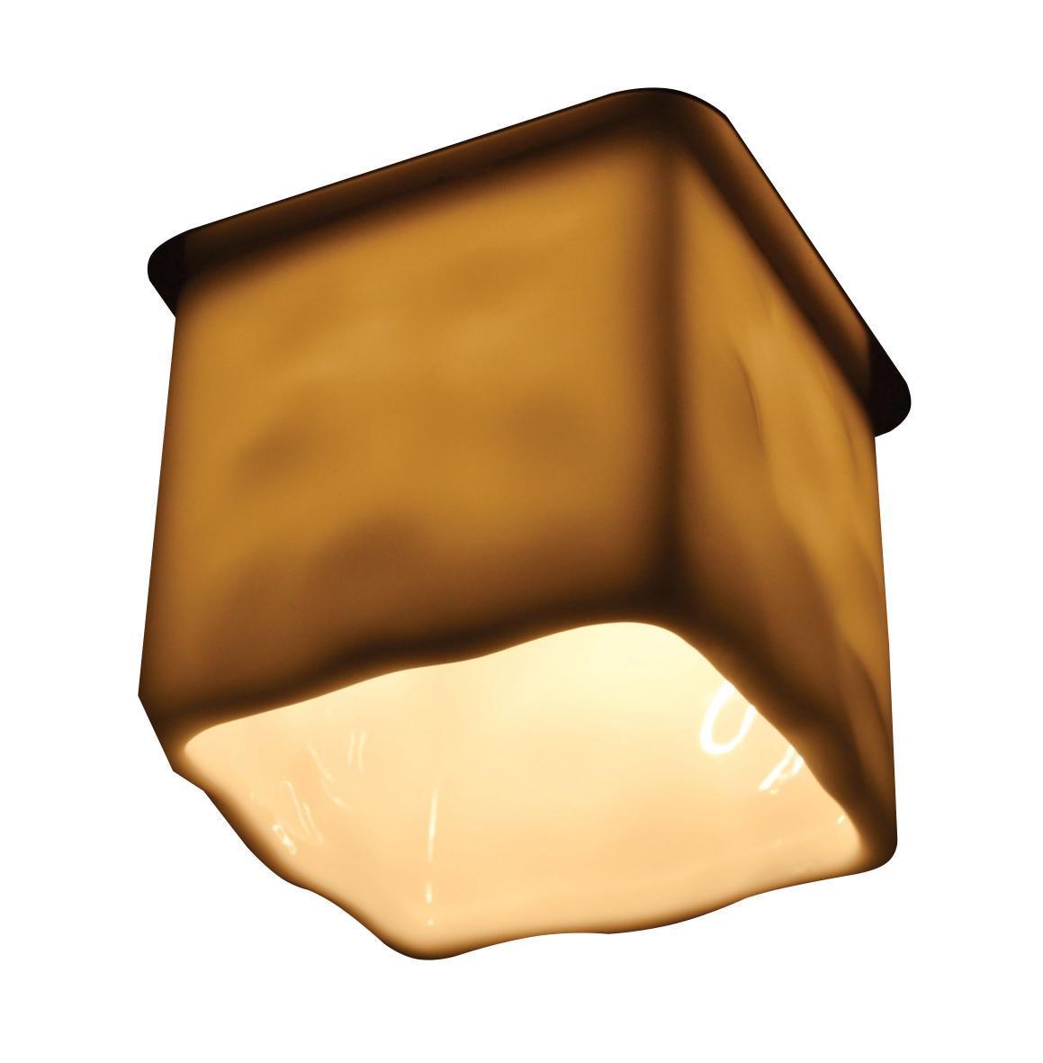 A8804PL-1WH COOL ICE Встраиваемый светильникA8804PL-1WH1xG9x50W Материал: Арматура: Сталь / Элемент декора: КерамикаРазмер: 70x70x82Цвет: Белый