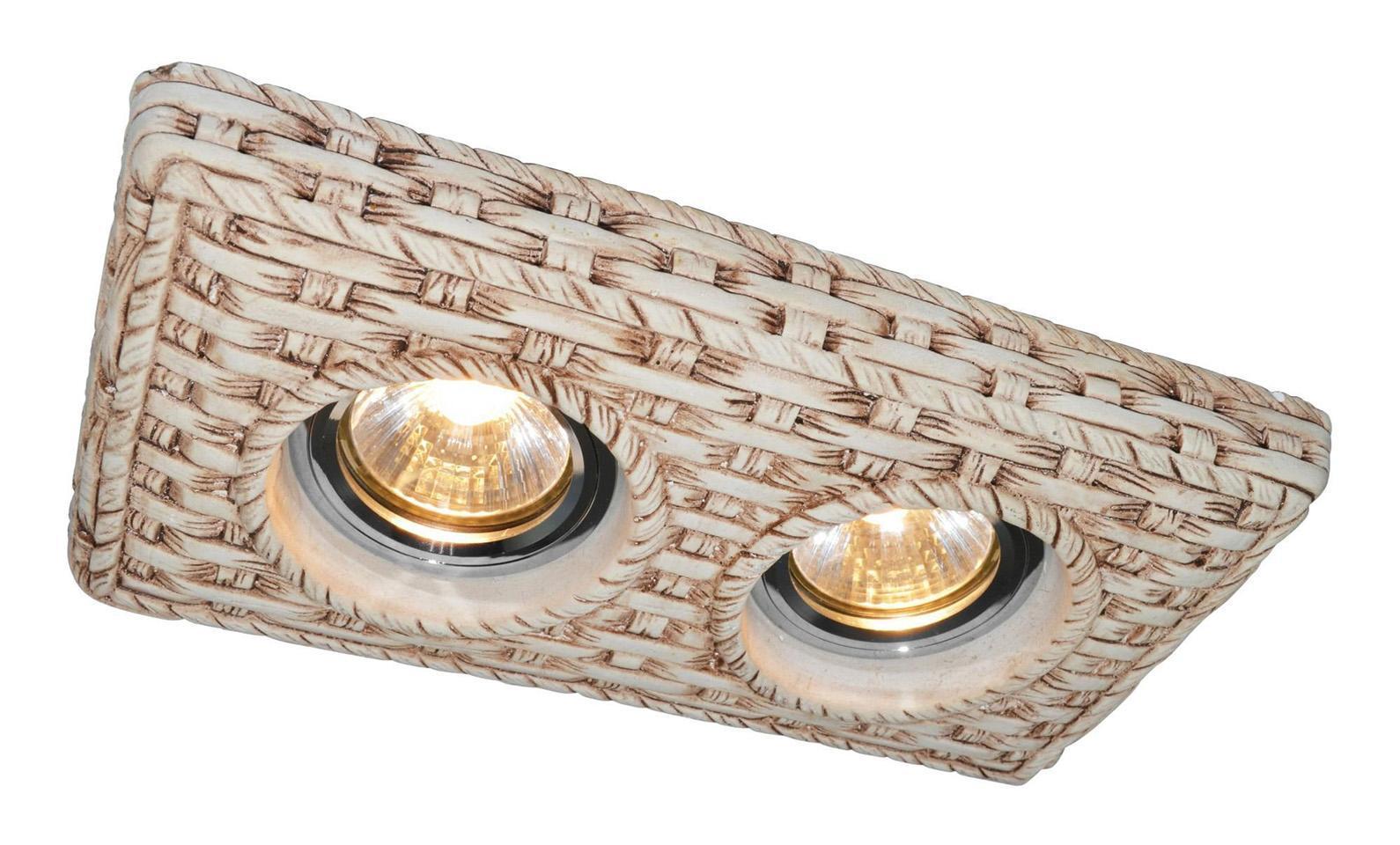 A5207PL-2WC PEZZI Встраиваемый светильникA5207PL-2WC2x50W; патроны в комплекте GU10 и G5.3; Светильник можно красить Материал: Арматура: ГипсРазмер: 220x120x45Цвет: Кремовый белый