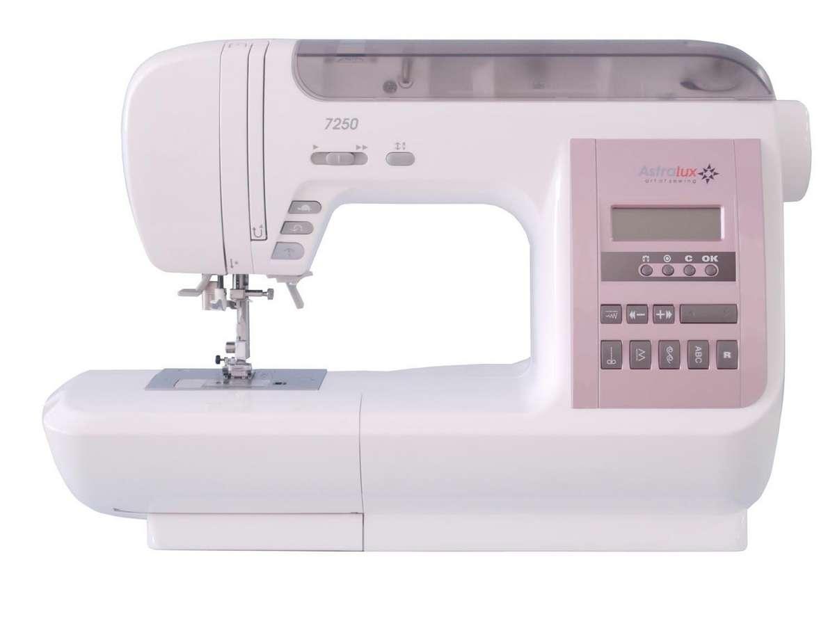 Astralux 7250 швейная машинка7250Компьютеризированная швейная машина AstraLux 7250 – заслуженная многофункциональная модель, которая пользуется великим спросом среди портних и мастеров квилтинговой технологии шитья. Данная модификация переплетает в себе такие уникальные особенности, как нарядное дизайнерское оформление, высочайшее качество и бескрайние функциональные возможности.Модель AstraLux 7250 производит 356 видов строчек, в частности, вышивку, оверлочную строчку, прямую строчку, трикотажный шов, аппликации, монограммы, квилтинг, пэчворк, потайные стежки, автоматические одношаговые петли и пр.