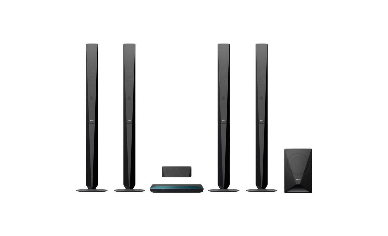 Sony BDV-E6100 домашний кинотеатр4905524897210Наслаждайтесь динамическим объемным звучанием - грохотом в фильмах, ревом толпы на спортивных матчах или вокальными партиями в любимых композициях. Используя доступ к песням в одно касание на смартфоне, поддерживающем NFC и Bluetooth, вы можете начать воспроизведение музыки так же быстро, как шагнуть в комнату.Смотрите ли вы любимый фильм или слушайте музыку, пусть звучание будет по-настоящему впечатляющим. Благодаря щедрой выходной мощности 1000 Вт двух напольных АС, двух сателлитных АС и сабвуфера вы услышите безупречный и мощный окружающий звук, который перенесет вас в эпицентр событий.Передавайте музыку со смартфона или планшетного компьютера с поддержкой Bluetooth и NFC, просто прикоснувшись к системе домашнего кинотеатра. Требуется всего одно касание. Также вы можете передавать музыку в потоковом режиме с ПК, iPhone, iPad или iPod через Bluetooth. Каким бы ни был ваш выбор, технология Digital Music Enhancer обрабатывает звук, делая его чище.Благодаря встроенному Wi-Fi, вы можете с легкостью подключить к устройству смартфон, ноутбук, планшетный компьютер или подключиться к Интернету без проводов. Передавайте любой развлекательный контент: от фотографий до списков воспроизведения, от онлайн-видео до телешоу и видеоклипов YouTube.В вашей видеотеке не осталось непросмотренных фильмов? Сетевой сервис Sony Entertainment Network расширяет вашу домашнюю коллекцию фильмов и ничем не ограничивает ваш выбор: с его помощью вы можете смотреть потоковое видео в HD-качестве и любимые телеканалы, слушать музыку, а также читать новости, смотреть погоду, играть в игры и выполнять множество других действий с помощью веб-браузера и приложений сервиса.Новые модели домашних кинотеатров воплощают дизайн Sense of Quartz, подсказанный образом безупречных сияющих граней горного хрусталя. От АС до пультов, каждый элемент привносит чувство утонченного и изысканного стиля в ваш дом.Насладитесь качеством изображения, которое по-настоящему вовле