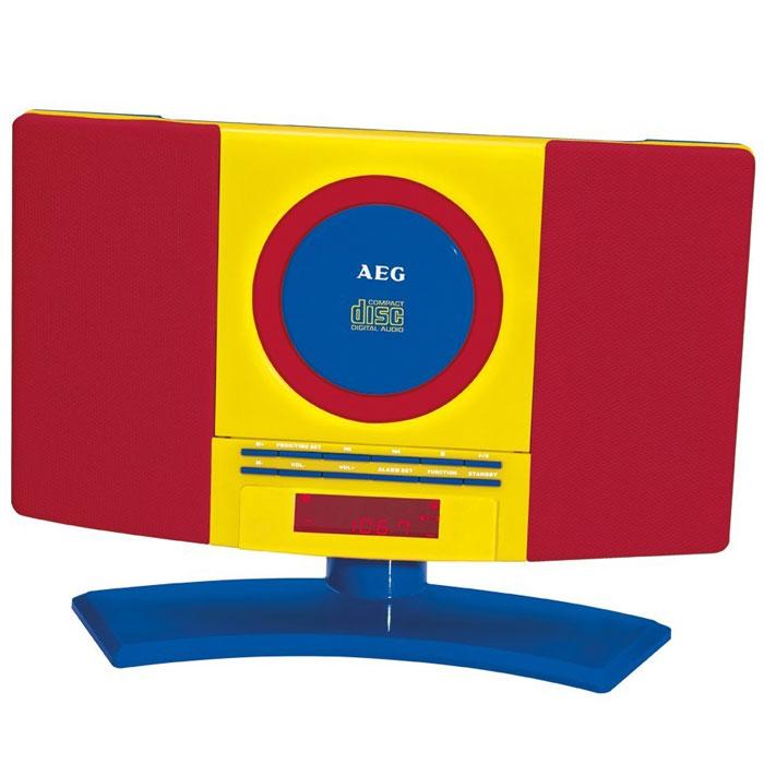 AEG MC 4464 Kids Line микросистемаMC 4464 Kids LineДетская микросистема AEG MC 4464 Kids Line с вертикальной загрузкой дисков ориентирована на аудиторию старше 3-х лет. Она может быть установлена как на горизонтальной поверхности, так и на стену (подставка снимается). Модель оснащена LCD-дисплеем с с красной подсветкой, а также имеет цифровые часы. Разъем для подключения наушников и вход AUX-IN позволят использовать с микросистемой различные аудиоустройства. С помощью встроенного тюнера FM с памятью на 20 ячеек можно в полной мере наслаждаться любимыми радиостанциями.Форматы дисков: CD-R, CD-RWПоддержка формата MP3Питание: от сети 220В