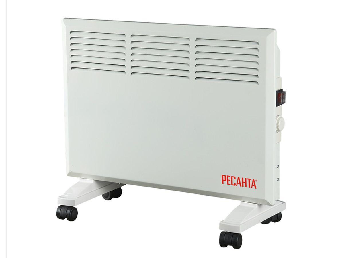 Ресанта ОК-1600 конвектор67/4/2Конвекционный обогреватель Ресанта ОК-1600. Прибор имеет функцию деления мощности наполовину и механический термостат, встроенный в корпус. Температура регулируется в пределах одного градуса.В принципе действия конвекционного обогревателя лежит естественный теплообмен. Проходя через нагревательный элемент, теплые воздушные массы поднимаются, освобождая место для холодного воздуха. Фронтальные выходные отверстия в конвекторе Ресанта ОК-1600 оптимальным способом регулируют направление потоков, не давая теплу уходить в стену. В комплект входят опорные ножки для напольной установки и колеса для удобства перемещения. При снятых колесиках конвекционный обогреватель можно повесить на стену.
