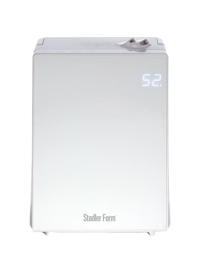 Stadler Form Jack J-021, White увлажнитель воздухаJ-021Ультразвуковой увлажнитель Stadler Form Jack стал яркой новинкой компании. Это очень мощный увлажнитель, рассчитанный на небывалые 65 квадратных метров. Увлажнитель очень стильный и продолжает линейку дизайнерской климатической техники Stadler. Увлажнитель имеет яркий LED-дисплей, который отображает текущую влажность воздуха в доме.