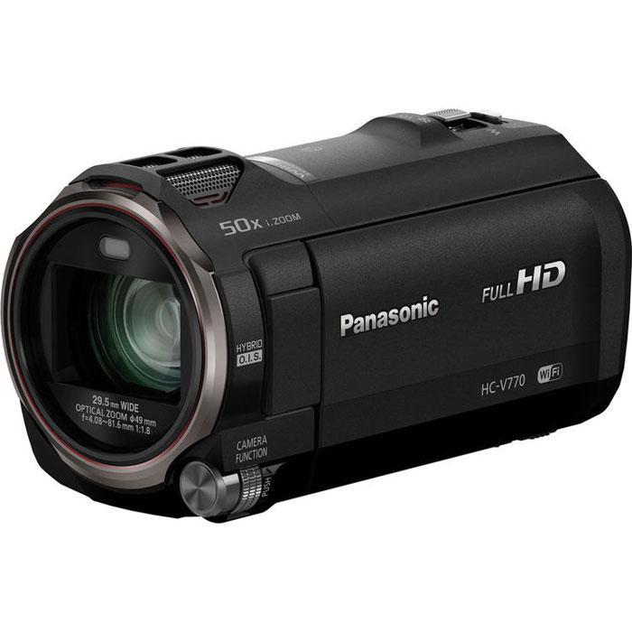 Panasonic HC-V770, Black цифровая видеокамераHC-V770EE-KСнимайте то что хотите, с помощью простых функций зуммирования, обеспечивающих высокое качество. Используйте первую в мире технологию «Фильм HDR» (расширенный динамический диапазон) для получения четких снимков даже при задней подсветке. И используйте планшет в качестве дополнительной камеры.Превосходное качество изображения:С улучшенным объективом, сенсором и процессором Система линз объектива управляет каждой из четотдельно, благодаря чему уменьшаются диапазоны привод обеспечивается высококачественное изображение, мощное увеличение, а также компактность корпуса камеры. Вместе с этим используются сенсор BSI на б.03 мегапикселя, а также высокоскоростной процессор Crystal Engine, которые позволяют получать четкое, насыщенное изображение.Фильмы HDR (широкий динамический диапазон). Четкие снимки с превосходной детализацией как в освещенных, так и в темных областях:Объединяя два изображения, сделанные с разным временем экспозиции, функция «Фильм HDR» подавляет чрезмерно освещенные или затемненные участки, чтобы обеспечить более четкое и насыщенное видеоизображение. Это первая в мире* видеокамера потребительского уровня, оснащенная функцией «Фильм HDR». Даже в сложных условиях съемки, например при освещении сзади, можно легко проводить съемку в естественных условиях с отличной градацией тонов.Беспроводная сдвоенная камера:Используя свой смартфон с поддержкой Wi-Fi в качестве дополнительной камеры, вы можете снимать с двух углов одновременно. Так как осуществляется съемка двумя камерами, одну из них можно переместить подальше или установить под другим углом. Это позволяет создавать самые разные эффекты «Картинка картинке».20-кратный оптический зум с 4-приводной системой линз:Благодаря отдельному приводу для каждой из четырех групп линз, сокращается ход приводов. Это обеспечивает качество изображения, быстрое зуммирование и компактность камеры. Камера остается небольшой, даже обладая возможностью 20-кратного оптическо