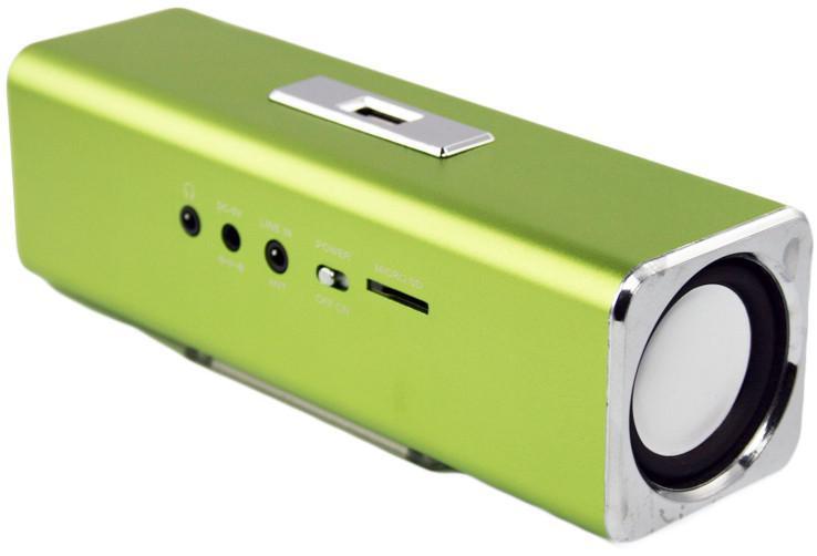 Liberty Project K-101, Green портативная колонкаCD124414Liberty Project K-101 - это компактная портативная акустическая система, совместимая с большинством аудиоустройств. Небольшие размеры и встроенный аккумулятор дают возможность использовать колонки в мобильном режиме, в любом месте, где нет электричества. Скромные с виду динамики обеспечивают вполне серьезную громкость и с легкостью озвучивают небольшое помещение или место пикника, отдыха. Для подключения можно использовать стандартный аудиоразъем 3.5 мм. Liberty Project K-101 - прекрасное решение для всех, кто хочет слушать любимую музыку в компании и не зависеть от розетки. Кроме того, у данной модели акустики есть возможность воспроизводить аудиофайлы непосредственно с карты памяти или обычной USB-флешки.
