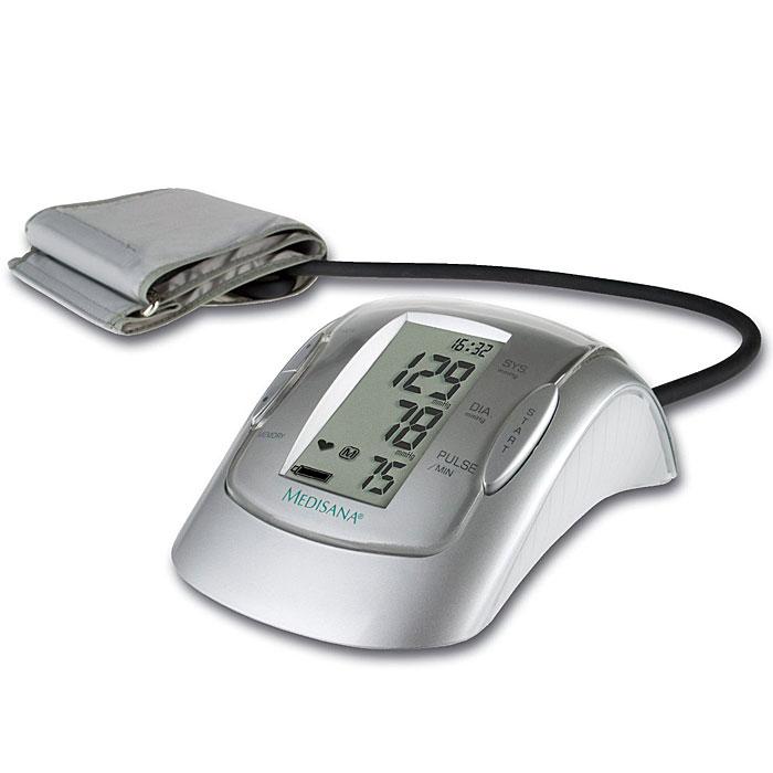 Medisana Плечевой тонометр MTP PLUS00000805Medisana занимает ведущие место в профилактическом здравоохранении. Она выпускает и постоянно совершенствует множество продуктов, предназначенных для контроля за здоровьем в домашних условиях.Автоматический тонометр Medisana MTP Plus является точным прибором для измерения давления в области предплечья в домашних условиях. Он может использоваться для двух и более пользователей. В приборе использована новая технология для точного измерения артериального давления и пульса на предплечье даже при наличии нарушений ритма сердца. Измерение производится специальным микропроцессором. С помощью датчика давления он анализирует вибрации, возникающие на артерии при накачивании и выпуске воздуха из манжеты.В приборе реализована интеллектуальная система измерений. Благодаря ей, прибор сам настраивается на каждого пользователя и накачивает давление в манжете до необходимого уровня для конкретного человека, что значительно повышает точность измерения и минимизирует болевые ощущения от сдавливания манжетой.Тонометр Medisana MTP Plus имеет большой дисплей с крупными цифрами. На дисплее отражается систолическое и диастолическое давление, пульс, дата и время. Прибор способен распознавать и отражать на дисплее признаки аритмии.Тонометр способен сохранять в памяти результаты измерений на двух человек, по 99 ячеек памяти на каждого и производить подсчет среднего результата сохраненных измерений.Прибор поставляется с удобной сумкой для хранения и стандартной манжетой 22 – 32 см для взрослых со средней окружностью плеча. Имеется возможность подключения блока питания (в комплект не входит).