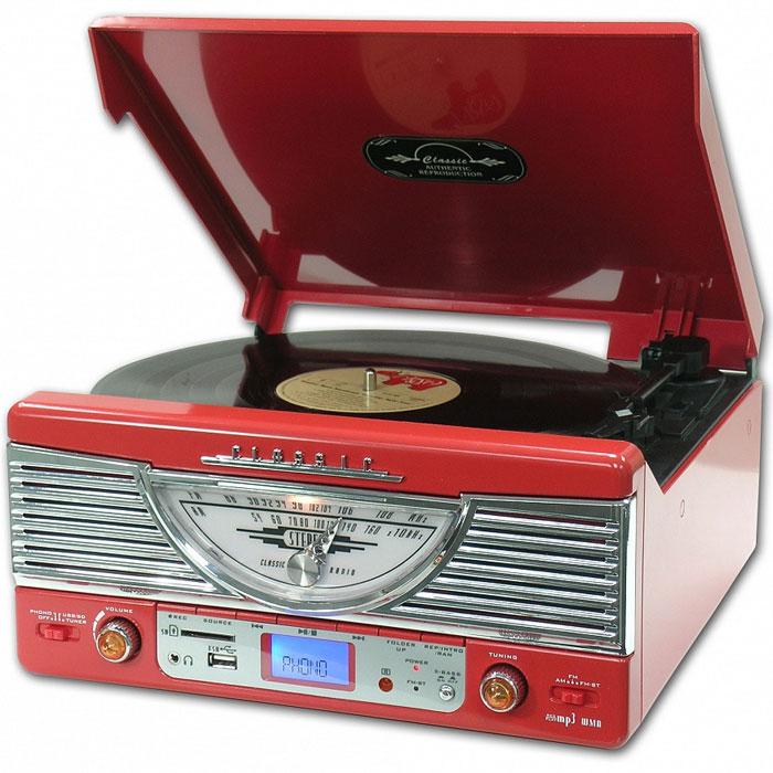 PlayBox Chicago ретро-проигрыватель, Red (PB-103U)PB-103U-RDPlayBox Chicago - стильный и компактный проигрыватель виниловых дисков, дизайн которого напоминает проигрыватели в форме чемоданчиков 50-х годов прошлого века. Данная модель позволит вам прослушивать пластинки всех известных типов, а встроенный радиоприемник - наслаждаться любимыми радиостанциями. Интерфейс USB, а также слот для карт памяти SD/MMC предназначены для записи музыки с виниловых пластинок на внешние носители информации. Помимо всех основных разъемов, проигрыватель оснащен встроенными динамиками.