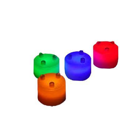 Лампа-ночник Bradex из цветных блоков «СЕМИЦВЕТИК», арт.TD 0304TD 0304Яркие и интересные светящиеся блоки станут замечательным материалом для создания причудливых форм разных размеров. От лампы мечты любой формы вас отделяет только ваша фантазия. Особое удобство блоков заключается в том, что они не зависят друг от друга: любой из них может служить самостоятельным источником света. Небольшие лампы могут создать романтическую атмосферу или осветить путь ребенка в темноте.