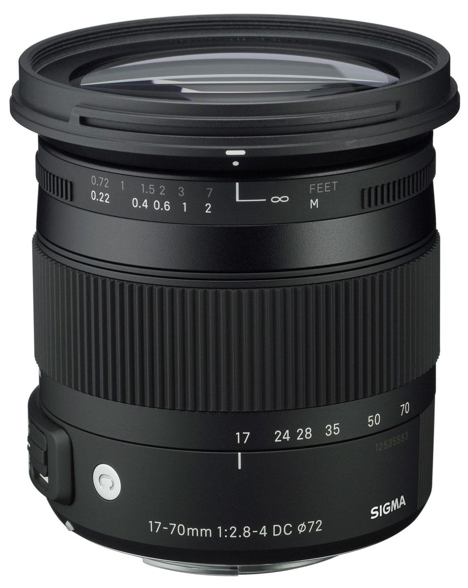 Sigma AF 17-70mm f/2.8-4 DC MACRO OS HSM New объектив для Nikon884955Объектив Sigma AF 17-70mm F2.8-4 DC MACRO OS HSM линии Contemporary для фотокамер Nikon.Новая модель от Sigma имеет зум кратностью 4,1 с диапазоном фокусных расстояний 25,5 – 105 мм в 35 мм эквиваленте. Разработанный как универсальный объектив «на каждый день», удобный в бытовой съемке и путешествиях, он не спасует и при творческой работе. Светосила до F2.8 и широкие возможности в макросъемке найдут отклик у требовательных пользователей.В оптической схеме и механической конструкции применены передовые материалы и технологии. Из 16 оптических элементов, применяемых в конструкции,1 элемент из специального низкодисперсионного SLD-стекла, 2 элемента из FLD-стекла и 3 асферические линзы, одна из которых с двухсторонней асферикой. Особо можно отметить уникальноефлюоритоподобное низкодисперсионное стекло (FLD-стекло), оптические характеристики которого почти равны флюориту.В конструкции с такими элементами почти полностью скорректированы хроматические аберрации (хроматизм увеличения и положения) во всем диапазоне фокусировки: от бесконечности и до «макро». Коррекция осуществляется во всем диапазоне зумирования. Мягкое размытие предметов, находящихся не в фокусе, обеспечивается круглой 7-лепестковой диафрагмой. Минимальные значения диафрагменного числа обеспечивают хорошую светосилу и привлекательный эффект «боке».Супермногослойное просветление от SIGMA уменьшает блики и ореолы, а также обеспечивает резкие и высококонтрастные изображения во всем диапазоне зумирования даже в условиях контрового света.Для повседневного объектива малые размеры и вес имеют большое значение. Применение уменьшенного узла оптической стабилизации, модернизация оптической схемы позволили сделать объектив более компактным.В конструкции применен новый композитный материал TSC (термостабильный композит), по свойствам приближающийся к металлу, но при этом имеющий меньший вес. Это обеспечило большую долговечность деталей и уменьшениераз