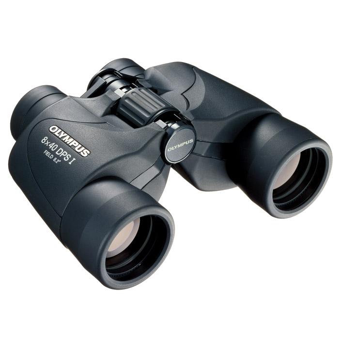 Olympus 8x40 DPS I бинокль8x40 DPS IБинокль Olympus DPS-I 8x40 позволит вам легко и просто насладиться красотой природы благодаря надежному высококачественному покрытию и полю обзора 65°.Простота в использовании - надежный стабильный захватС защитой от ультрафиолетовых лучейШирокий угол зрения - видимый угол 65 градусовАсферические линзы и призмы со сплошным антибликовым покрытиемУдобный центральный диск для быстрой фокусировкиВстроенная диоптрическая коррекцияРеальный угол зрения: 8.2°Видимый угол зрения: 65.6°Максимальное расстояние от окуляра до глаз: 10-12 ммРасстояние между оптическими осями окуляров: 60-70 ммПокрытие линз: Однослойное покрытие