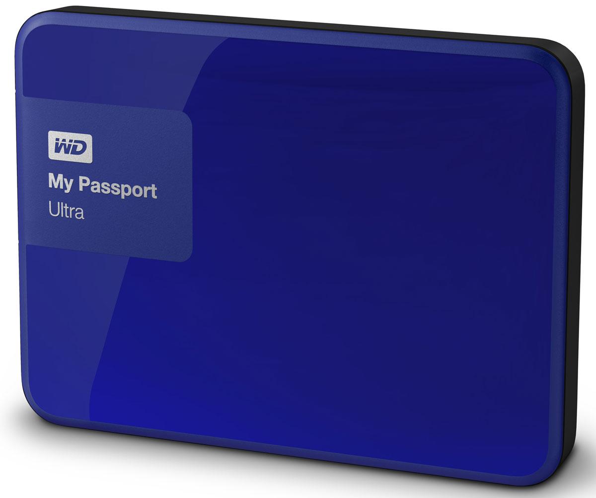WD My Passport Ultra 1TB, Blue внешний жесткий диск (WDBDDE0010BBL-EEUE)WDBDDE0010BBL-EEUEWD My Passport Ultra New - это портативный накопитель большой емкости, которому вы можете доверить хранение своих личных файлов. Этот накопитель, в котором используются передовые разработки WD в области жестких дисков, комплектуется программой автоматического резервного копирования WD Backup.Многофункциональная программа резервного копирования WD Backup - это одна из самых многофункциональных программ резервного копирования. Она еще понятнее и проще в работе, чем другие, и к тому же использует еще меньше ресурсов компьютера. С ее помощью вы можете сами задать оптимальный график автоматического резервного копирования своих файлов. Если вам требуется дополнительный уровень защиты, то в программе WD Backup можно настроить резервное копирование файлов в облачную службу Dropbox.Для облачного резервного копирования требуется подключение к Интернету и учетная запись Dropbox. Облачные службы могут быть доступны не во всех странах, а также могут быть изменены, прекращены или прерваны в любой момент.Изящная внешность и большая емкость Накопитель WD My Passport Ultra New, который имеет огромную емкость и при этом помещается у вас на ладони, станет лучшим спутником вашего ноутбука или совместимого планшета. А так как он выпускается в целой гамме расцветок, вы сможете выбрать из нее ту, которая лучше всего подходит именно вам. Молниеносно быстрый интерфейс USB 3.0 позволяет открывать и сохранять файлы с огромной скоростью. И, что самое главное, вам не потребуется отдельного источника питания. Диск отформатирован в NTFS и полностью готов к работе с Windows. Вы можете загрузить бесплатную программу для Windows 8, которая легко обнаруживает медиафайлы, хранящиеся на накопителе WD My Passport Ultra New. Также его можно переформатировать для работы под управлением Mac OS X.Настройка, диагностика и управление накопителем при помощи WD Drive Utilities - запускайте диагностику накопителя, удаляйте 