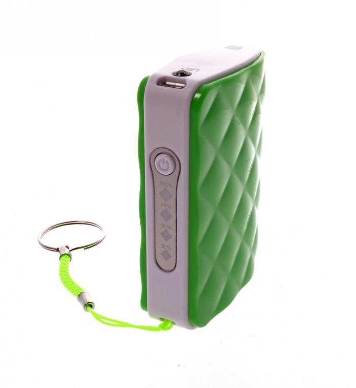 Harper PB-4401, Green внешний аккумуляторPB-4401 greenHarper PB-4401 - сверхполезный брелок на ключи, способный полностью зарядить несколько раз мобильный телефон или планшет. Встроенный фонарик поможет подсветить при необходимости дорогу или найти замочную скважину в плохо освещенном месте.