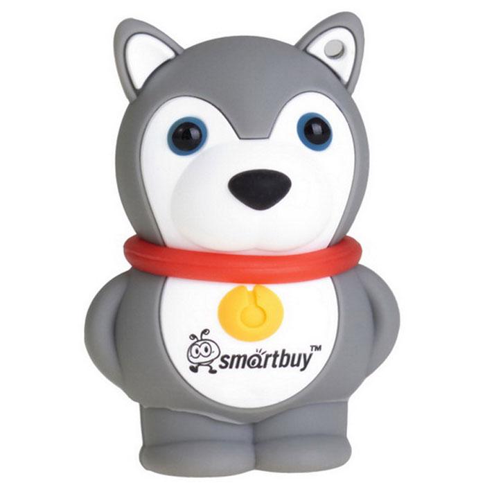 SmartBuy Wild Series Dog 8GB, Grey USB-накопительSB8GBDgrФлеш-накопитель SmartBuy Wild Series Dog 8GB предназначен для долговременного хранения и переноса данных и совместим с любым считывающим устройством, которое оснащено USB-портом. Накопитель имеет оригинальный дизайн в виде забавной собаки и доставит много веселых минут пользователям.