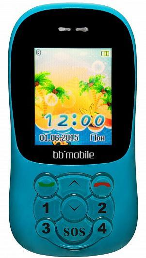 BB-mobile K0030G GPS Маячок II, Blue4620011532251Малыши любят семейные прогулки, поездки в зоопарк или музей. Апервоклашки гордятся тем, что едут с классом на настоящуюэкскурсию. Вокруг столько интересного, что ребенок легко может отстать отгруппы и потеряться. Однако если у него с собой один из детскихмобильных GPS-телефонов bb-mobile с компонентами безопасности иконтроля, то в любой подобной ситуации он не успеет даже испугаться а вам не придется нервничать.Ситуаций, в которых ребенкуприходится оставаться без привычной родительской опеки, довольномного. Это и посещение группы в детском саду, и прогулка с ватагойсоседских ребятишек на даче, и урок в школе. Родители в такиемоменты испытывают повышенное беспокойство: где он сейчас, куда идет,чем занимается? Для получения ответов на большинство этихвопросов, имеет имеет смысл задуматься о приобретении детскоготелефона.Подбирая телефон для себя, взрослые исходят из потребностей втех или иных приложениях и учитывают собственные предпочтения вдизайне. Чтобы не ошибиться в выборе телефона для ребенканеобходимо руководствоваться этими же принципами. В детском телефоне недолжно быть ненужных и непонятных ребенку кнопок и функций, аразмер аппарата должен соответствовать размеру детской руки. Компания Бизнес Бюро расширяет линейку детских телефонов ипредставляет новую модель bb-mobile GPS Маячок II, пришедшую на сменуполюбившейся детишкам bb-mobile GPS Маячок. Модель поставляется вкорпусах голубого или розового цвета.Телефон для ребенкаупакован в красочную коробку с оформлением, стилизованным под детскиерисунки. Это позволяет рассматривать его не только как серьезноесредство безопасности, но и как красивый подарок. Как ипредыдущая модель, аппарат не имеет полноценной цифровой клавиатуры.Родители сами выбирают и программируют номера абонентов от которыхребенок может принимать звонки, на которые может звонить сам иобмениваться с ними SMS-сообщениями. Таким образом, ребенок защищенот спама, случайных звонков, навязанных услуг со